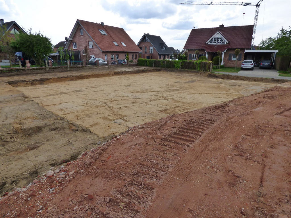 Rohbau-Doppelhaushälfte in Reken- Bahnhof – sucht fleißige Familie zum Erstbezug!