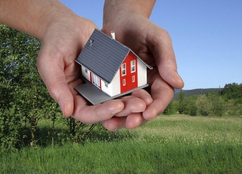 Zwangsversteigerung am 27.10.2021: Zweifamilienhaus mit Nebengebäude in Oeding!