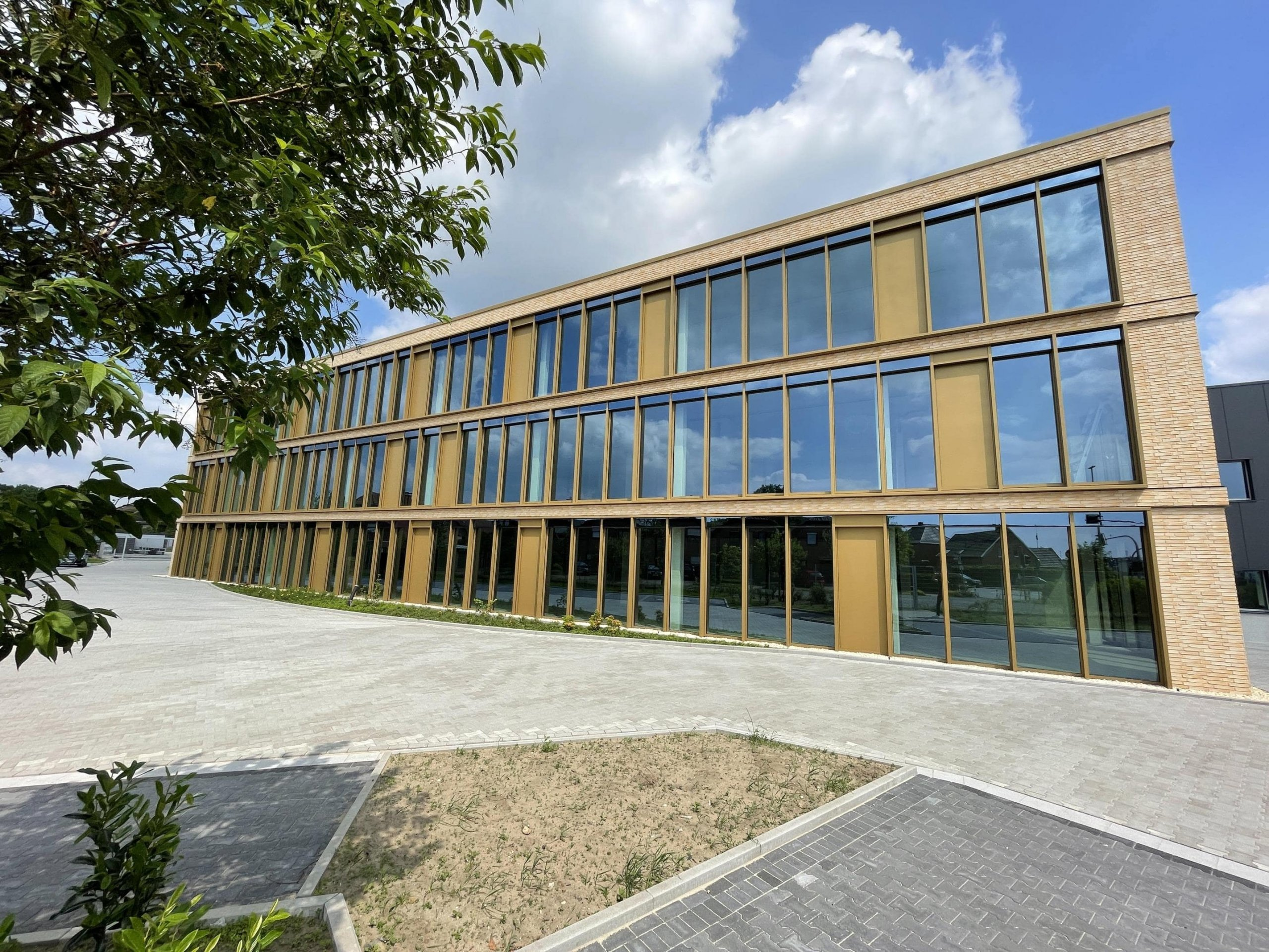 Neubau -erstklassige Bürofläche im 2. Obergeschoss mit Dachterrasse in Rhede!